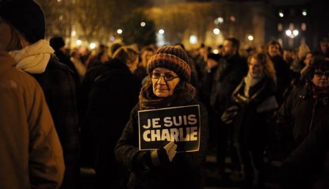 Foto: Marş al tăcerii în Franţa, după atentatul de la Charlie Hebdo