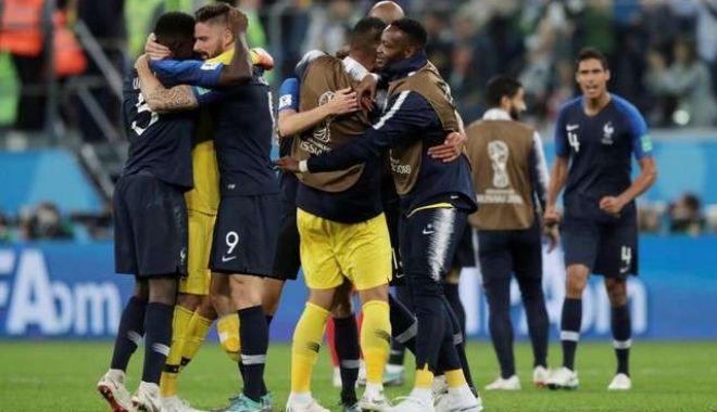 Foto: CM 2018. Selecţionata Franţei s-a calificat în finala Cupei Mondiale de fotbal din Rusia, după ce a învins reprezentativa Belgiei