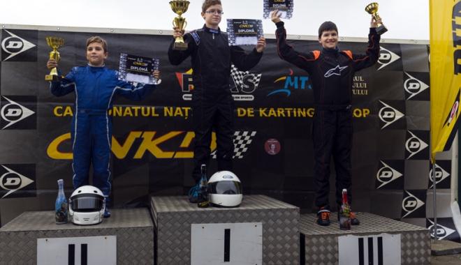 Foto: Fraţii Onoaie au încheiat pe podium Campionatul Naţional de karting