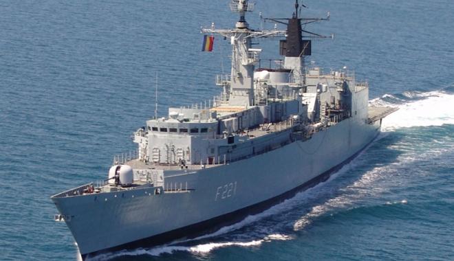 """Foto: Fregata """"Regele Ferdinand"""", în misiune internaţională"""