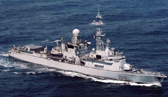 """Foto: Fregata """"Jean Bart"""", escală în portul Constanţa"""
