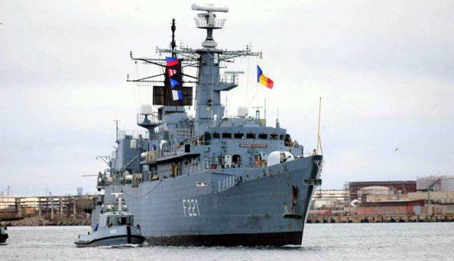 """Foto: Fregata """"Regele Ferdinand"""", vizitată de Principesa Maria şi Principele Radu"""
