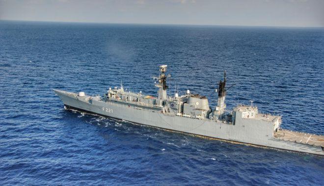 """Foto: Fregata """"Regele Ferdinand"""", 2.500 de mile marine parcurse și 100 de nave monitorizate în Mediterana"""