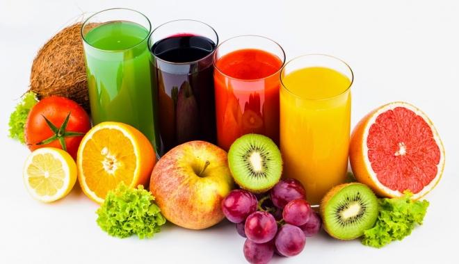 Foto: Cum să menţii o dietă sănătoasă cu sucuri din fructe şi legume