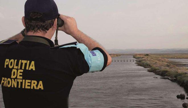 Foto: Apreciați în misiunile internaționale. Unul din cinci polițiști permanenți ai FRONTEX este român!
