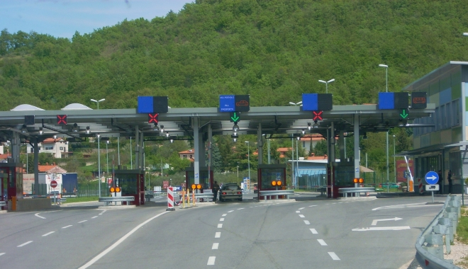 Foto: Șoferi, atenție! Aglomerație la frontiera Vama Veche. Se circulă pe o singură bandă pe sens