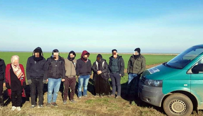 Foto: Nouă cetățeni sirieni și irakieni, opriți la frontiera cu Bulgaria