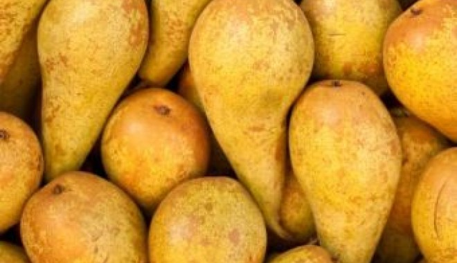 Aproape o tonă de legume și fructe, confiscată - fructe-1335260775.jpg