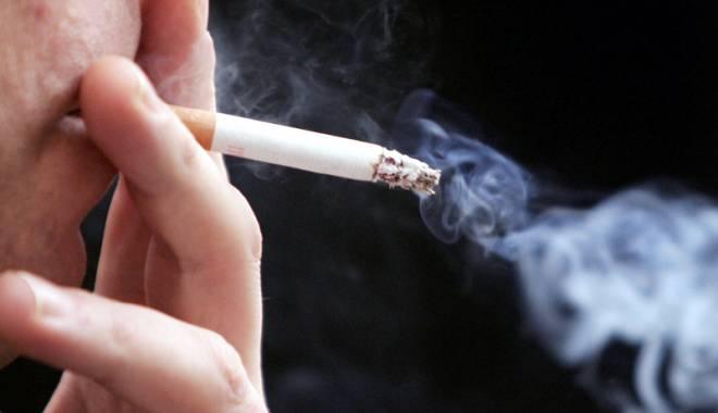 Foto: Fumători, atenţie! Plasturii cu nicotină ar putea fi decontaţi