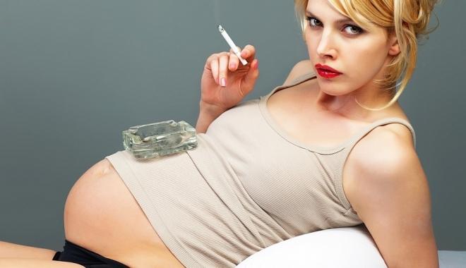 Foto: Renunţarea la fumat, cel mai frumos cadou pe care îl poţi face copilului tău