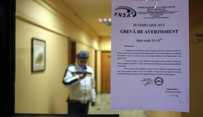 Foto: Funcţionarii publici cer salarizare corectă a tuturor bugetarilor