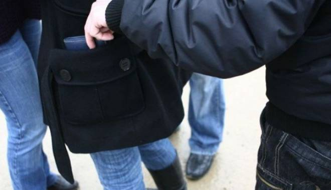 Foto: Trimis în judecată pentru furt din buzunare