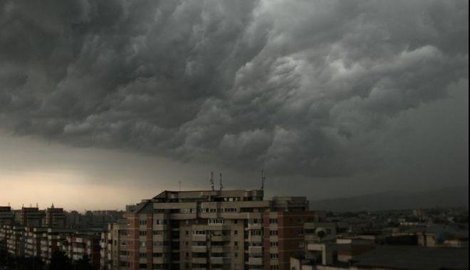 Foto: Vremea rea face ravagii! Noi alerte meteo emise de ANM