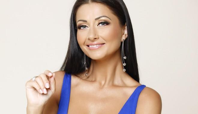 Gabriela Cristea, următoarea mămică din showbiz? - gabrielacristeamondenoro1-1391615415.jpg