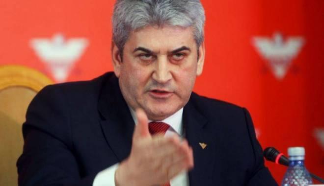 Foto: Gabriel Oprea: Îl susțin pe șeful statului în desemnarea șefului SIE