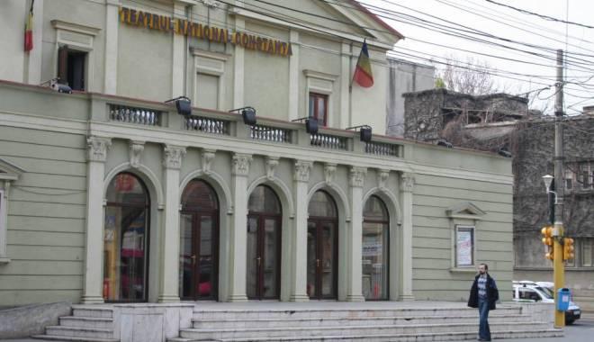 "Foto: Spectacolul ""Antisocial"", la Teatrul de Stat Constanţa"