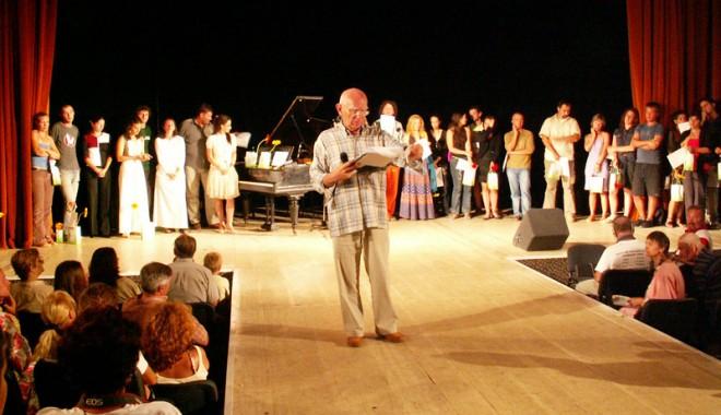 Foto: Gong inaugural pentru patru zile de teatru la Mangalia