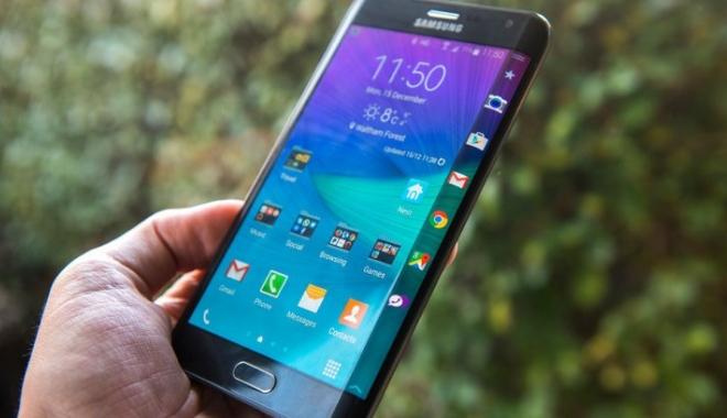 Foto: Lovitură dură pentru Samsung. 14 miliarde de dolari, pe apa sâmbetei