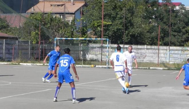 Foto: FC Farul şi DJST Constanţa se implică în viaţa tinerilor fotbalişti