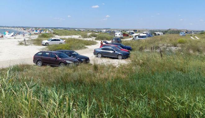 Controale şi amenzi uriaşe, pe plajele din Corbu şi Vadu - galeriefotoplajesalbatice1-1627379641.jpg
