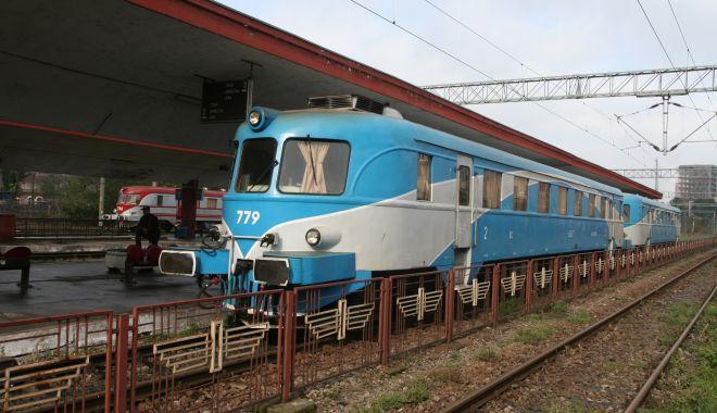 INCIDENT PE CALEA FERATĂ! Un tren a rămas fără frâne, ZECI DE CĂLĂTORI PANICAȚI! - garaconstantatren21-1622613764.jpg