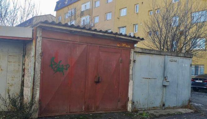 Foto: Mai multe locuri de parcare la Constanța, în locul garajelor