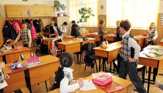 Program infernal pentru elevi.  Ce îi așteaptă în următoarele luni - gatavacanta-1429448893.jpg