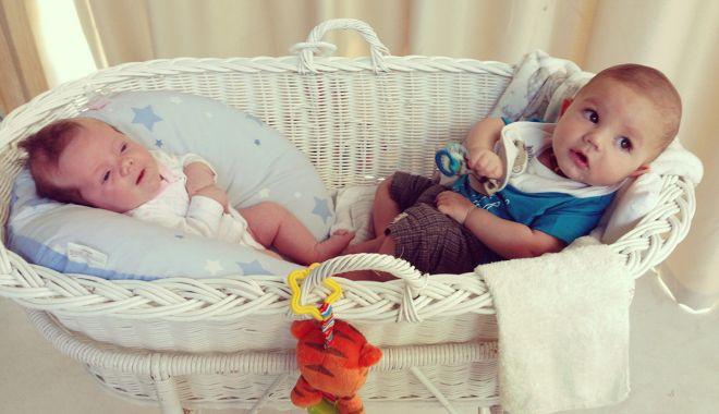 Foto: Gemenii sau tripleţii pot avea taţi diferiţi