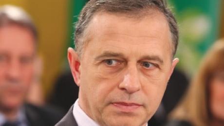 Foto: Pesediştii cer schimbarea lui Geoană de la şefia Senatului