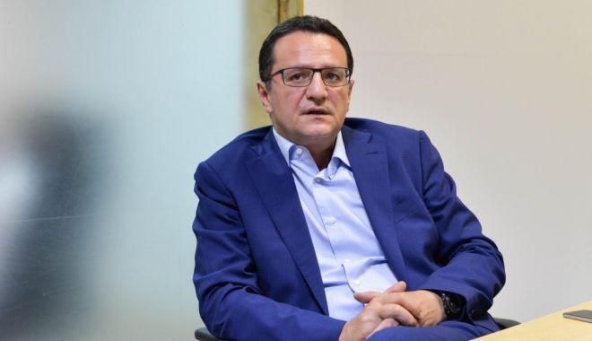 Foto: George Maior, aşteptat la Comisia de politică externă a Senatului, pentru a da explicaţii cu privire la activitatea sa