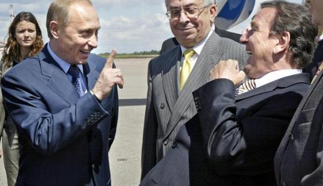 Foto: Gerhard Schroeder, în consiliul de administrație al Rosneft