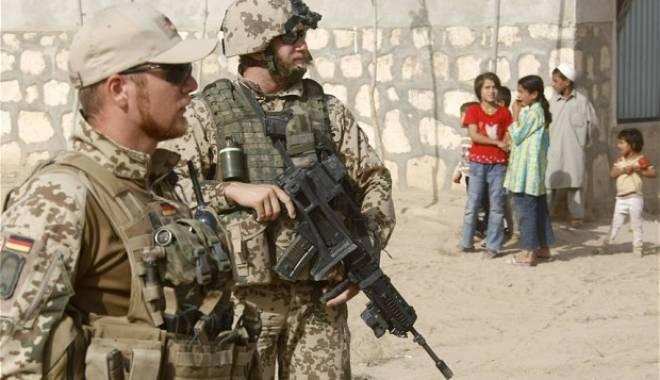Foto: Germania intenționează să trimită 1.200 de militari în lupta împotriva Statului Islamic în Siria