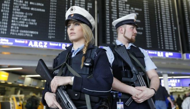 Foto: Poliţia şi armata, operaţiune antitero de amploare,  în Germania