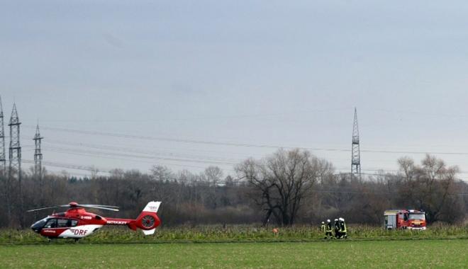 Foto: ACCIDENT AVIATIC: Coliziune între un elicopter de salvare şi un avion. Mai mulţi morţi!