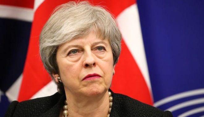 Foto: May i-a scris lui Tusk pentru a cere amânarea Brexit-ului până la 30 iunie