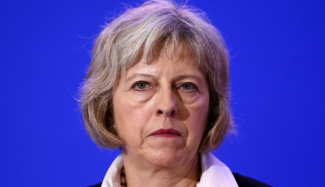 Foto: Când va declanşa Brexit-ul Theresa May