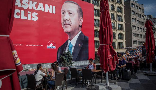 Foto: Alegeri în Turcia: Austria le cere cetăţenilor turci din diaspora care au votat cu Erdogan să se întoarcă în ţara lor