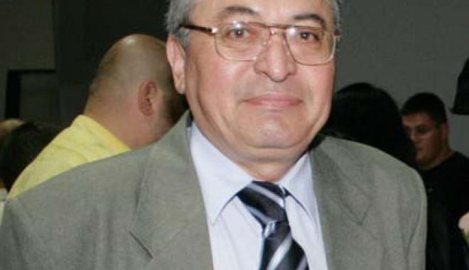 Gevat Ismet Nejdet părăsește Inspectoratul Școlar - gevat-1344533740.jpg