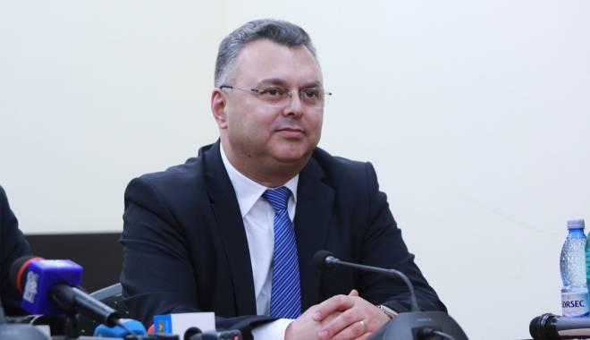 Foto: Pe cine a votat preşedintele PNL Constanţa, Gheorghe Dragomir, la şefia PNL