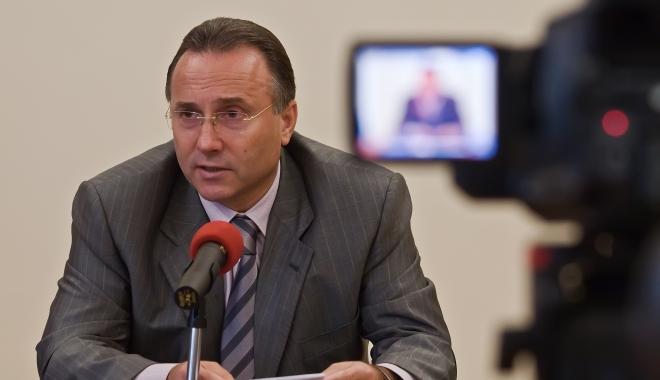 """Foto: Nechita de la Iaşi s-a înscris în PRU. """"Foştii colegi de la PSD s-au dezis de mine"""""""