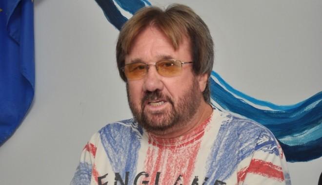 """Foto: Gheorghe Slabu refuză """"oferta"""" lui Gigi Chiru"""