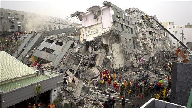 "Foto: Avertismentul seismologilor: ""2018 va fi anul unor cutremure majore"""