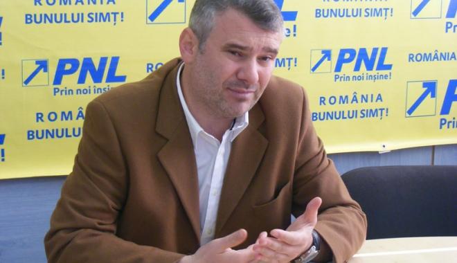 """Foto: """"Rectificarea bugetară lasă cu ochii-n soare cultura românească"""""""