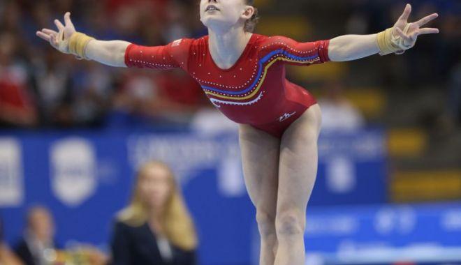 Foto: Gimnastă tricoloră, menajată în vederea Europenelor