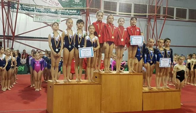 Foto: Gimnastele constănţene au impresionat  la Naţionalele CSS-urilor