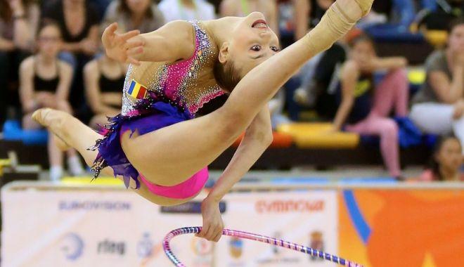 Campioanele la gimnastică ritmică se decid la Constanţa - gimnastica-1561152954.jpg