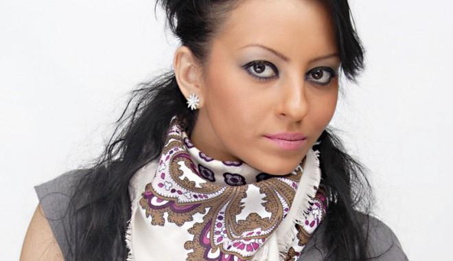 Noul videoclip al Giuliei naște controverse - giulia-1384283553.jpg