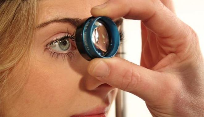Glaucomul lasă fără vedere tot mai mulţi adulţi de peste 40 de ani