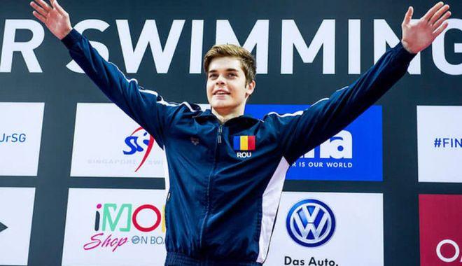 Foto: Robert Glinţă, două medalii de aur, la Cupa Europeană de nataţie