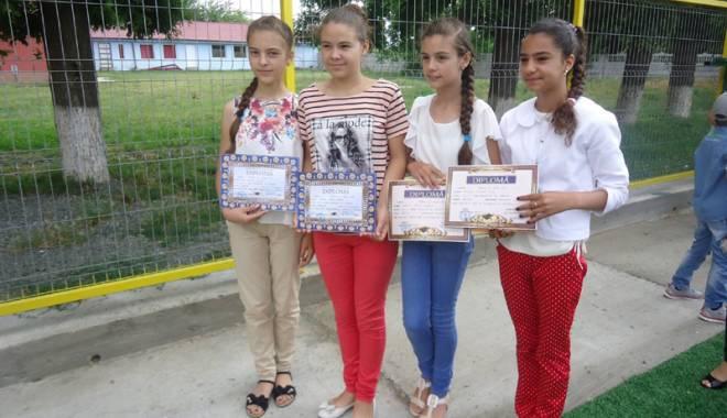 Investițiile în educația copiilor din Grădina, prioritare pentru primarul Gabriela Iacobici - gradina6-1435165061.jpg